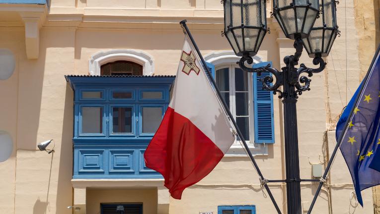 Мальта – это страна которая входит в Евросоюз и будет вынуждена подчинится общим законам