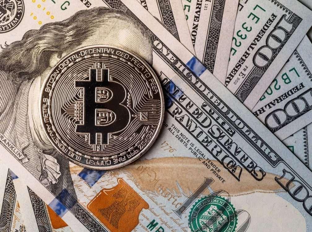 Заработок на курсе валют без вложений и с инвестициями