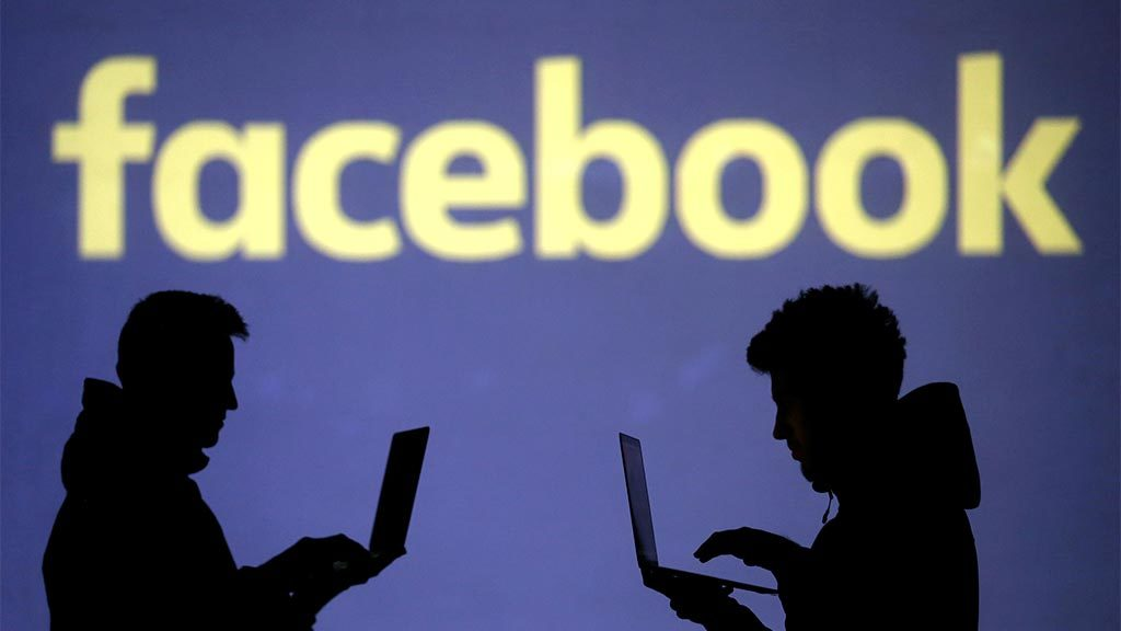 У полмиллиарда людей  произошла утечка данных в Facebook